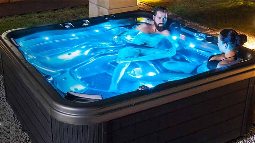Whirlpool / Swim Spa Whirlpool / Swim Spa