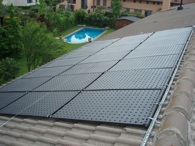 Pool-Solarheizung / Pool-Solarabsorber OKU SOLAR40SET 21,24m² Absorber-Komplettset, bis 40m² Wasseroberfläche