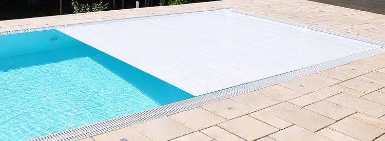 Pool Rolladen / Rollo-Abdeckung elektrisch vollautomatisch mit Funk und Fernbedienung