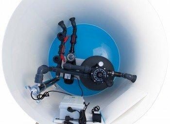Pool-Komplettset mit Überdachung - Pool Technikschacht mit Sandfilteranlage und UV-Desinfektion